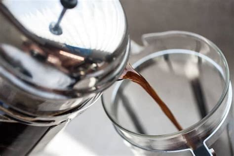 How to brew a french press. French Press Cold Brew is Easier Than You Think | Bean Poet