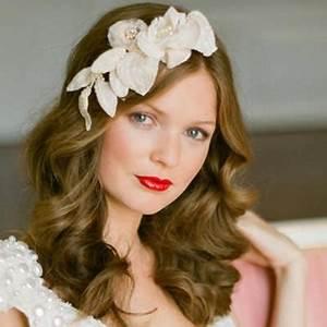 Bruidskapsels Met Aparte Haarsieraden En Haaraccessoires