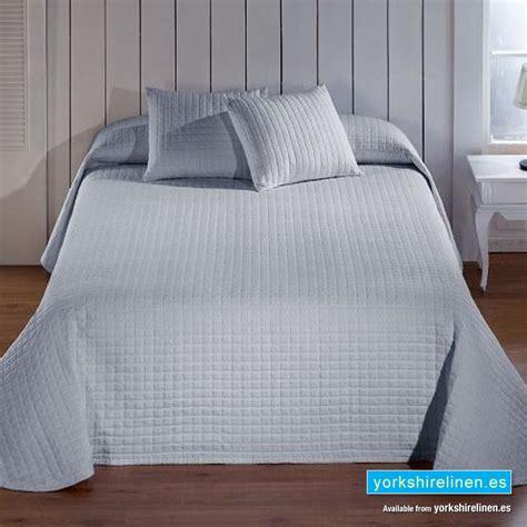 Calgary Grey Bedspread  Yorkshire Linen Warehouse, Sl