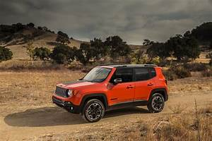 Jeep Renegade Trailhawk : 2017 jeep renegade vs 2017 chevrolet trax compare cars ~ Medecine-chirurgie-esthetiques.com Avis de Voitures