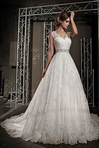 Lace wedding dresssleeveless wedding dressfull skirt for Full skirt wedding dress