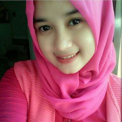 pin oleh hari yadi  imut hijab chic gadis gadis cantik wanita cantik