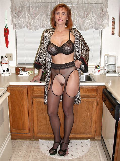 Matures On Fire Busty Milf Twyla In Lingerie