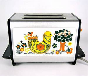 Toaster Retro Design : 17 best images about retro kitchenware on pinterest mixing bowls vintage kitchen and milk glass ~ Frokenaadalensverden.com Haus und Dekorationen