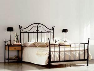 Lit Fer Forgé But : lit lola en fer forg haut de gamme meuble pour la chambre le monde du lit ~ Teatrodelosmanantiales.com Idées de Décoration