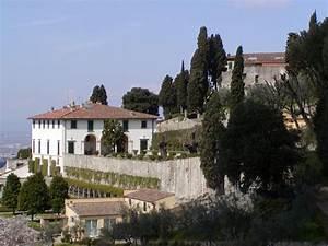 Villa Medici Aschheim : villa wikipedia ~ Markanthonyermac.com Haus und Dekorationen