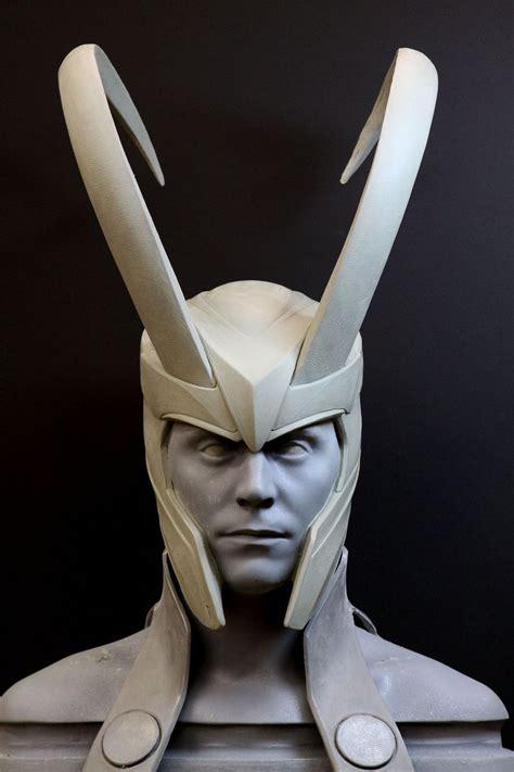 Thor Loki Helmet 01 1333×2000 Sculpture