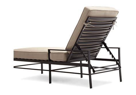 amazon com strathwood chaise lounge chair garden