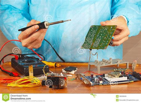 Master Solder Electronic Components Device Service
