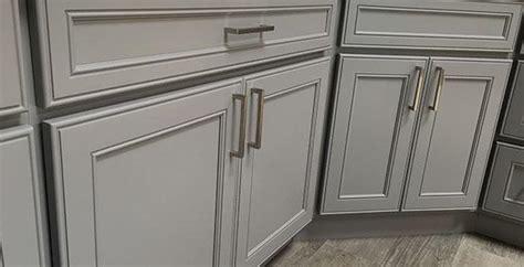 kitchen cherry cabinets granite expo milzen 3351