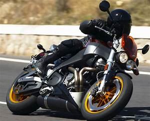 Fiche Moto 12 : buell xb 12 s lightning 2006 fiche moto motoplanete ~ Medecine-chirurgie-esthetiques.com Avis de Voitures