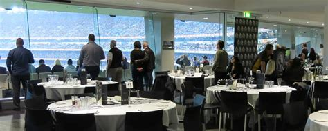 Official Mcg Cricket Hospitality-the Captains Room
