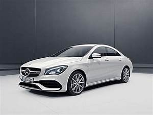 Mercedes 45 Amg : 2017 mercedes amg cla 45 india launch date images features tech specs and prices motoroids ~ Maxctalentgroup.com Avis de Voitures