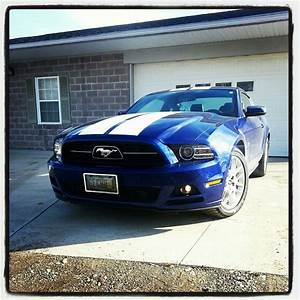 2013 Ford Mustang v6 3.7 Liter 305 hp For Sale | Akron Ohio