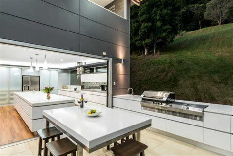 la cuisine d et aménager une cuisine d été dans le jardin