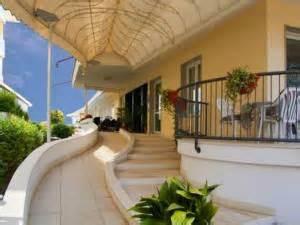 sanatoria veranda abusiva condonare la veranda cos 232 il permesso in sanatoria