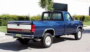 California Original  1985 Ford F250 Diesel 4x4 3  4 Ton