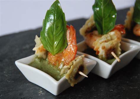 basilic cuisine ravioles croustillantes au basilic crevettes et crème de