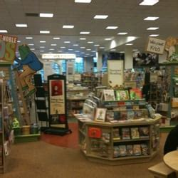 Barnes Noble Montgomeryville Pa by Barnes Noble Booksellers 11 Reviews Newspapers