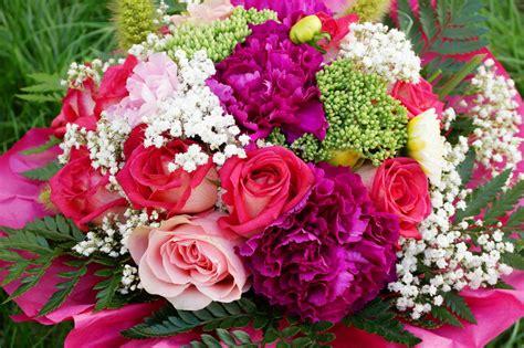 Foto Blumenstrauß Kostenlos blumenstrau 223 hochzeit lizenzfreie fotos bilder