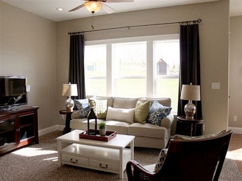 best color for small living room