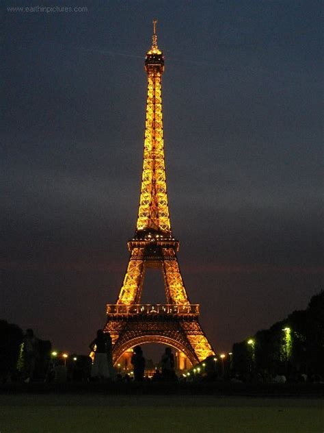 paris eiffel tower  night   wallpaper