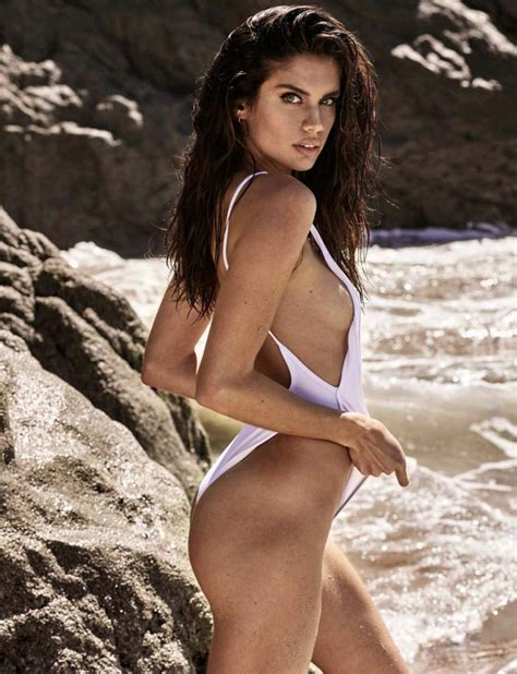 Sara Sampaio Nude And Sexy 11 Photos Thefappening