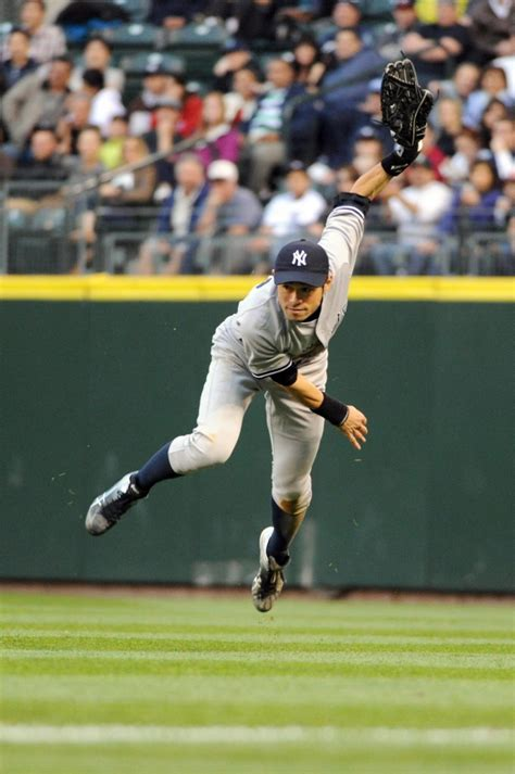Ichiro Suzuki Trade by Yankees Trade For Ichiro Suzuki Photos Yanks Swing