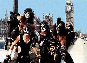 Kiss Photo Gallery 1  1973