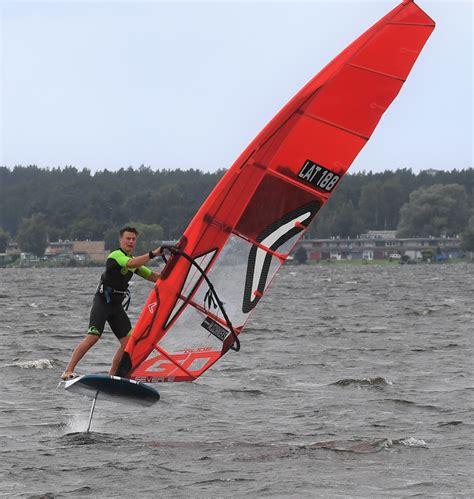 World Sailing organizē vebināru par IQFoil klases burāšanu - sailinglatvia.lv