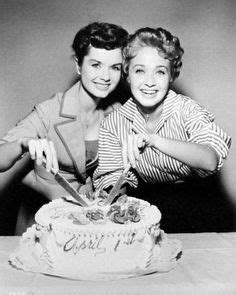 debbie reynolds zodiac 1000 images about april 1 aries on pinterest aries