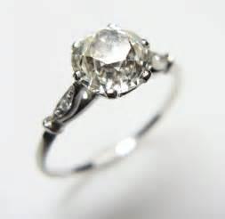 vintage solitaire engagement rings grays antique centre