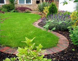 Garden Edging For A Knockout Front Lawn In 11 Practical Ways