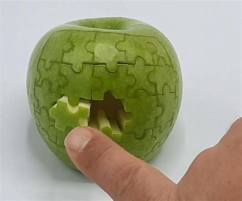 Apple Puzzle : 4 Steps (with Pictures) - Instructables
