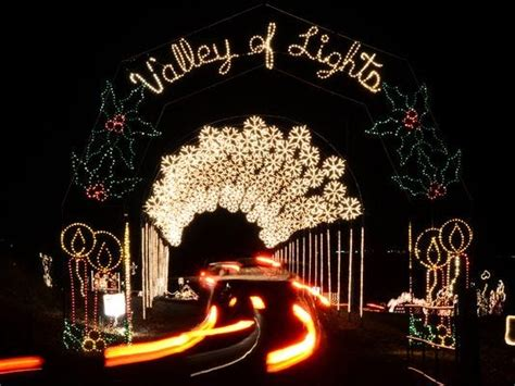 good christmas lights in the east valley 2018 celebrate the season with events around arizona
