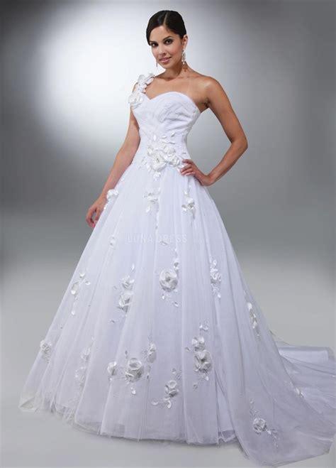 unique wedding dresses  bolder bride feed inspiration