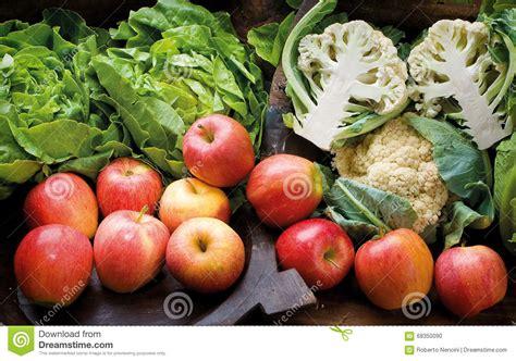 ea cuisine food cousine vegetables and fruit composition ingredient