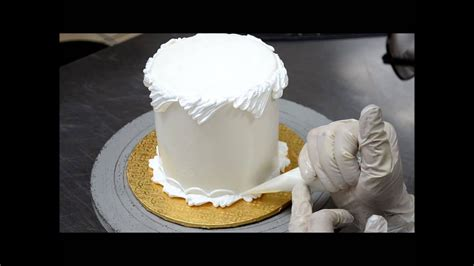 fast   decorate cake  buttercream icing