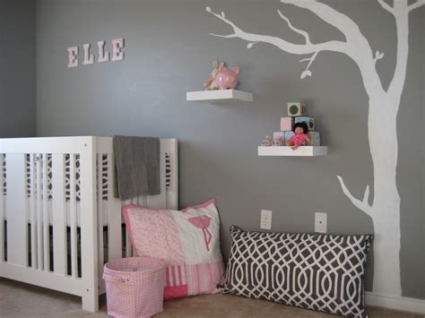 stickers chambre bébé fille mod gray and pink nursery design dazzle