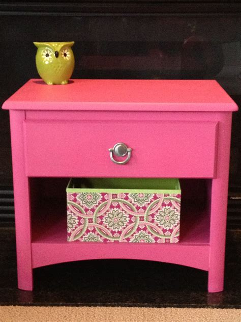 Pink Nightstand by Pink Nightstand Makeover Totally Girly Home Decor