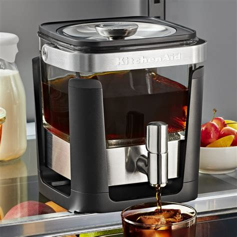 The best coffee maker with grinder will grind only as many coffee beans as you need, and start to brew your morning joe while it's still fresh as a daisy! KitchenAid: Cold Brew Coffee Maker | at Mighty Ape NZ