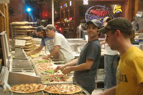 community shakespeare s pizza 658 | IMG 1552