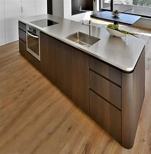 Filekuchenmittelblock mit chromstahl arbeitsplattejpg for Arbeitsplatten küche ikea