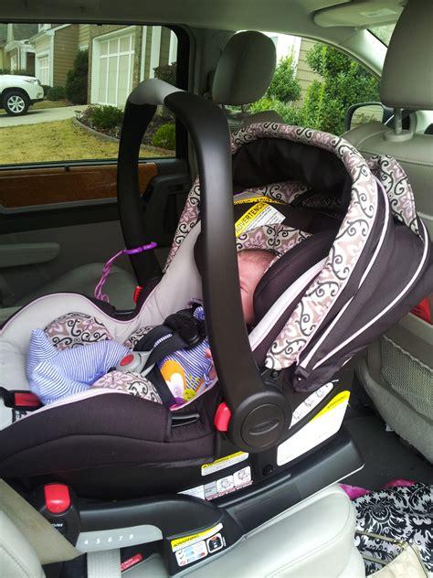review graco snugride click connect  infant car seat