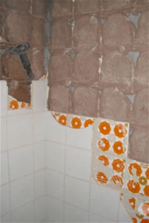 Fliesen Gipskartonwand Entfernen by Badezimmer Verputzen Oder Rigips Badezimmer