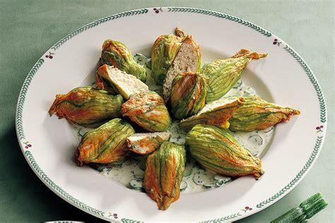 ricetta fiori zucca ripieni ricetta fiori di zucca ripieni la cucina italiana