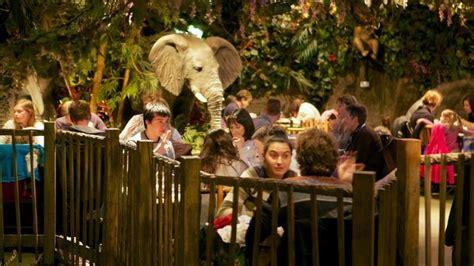 rainforest cafe london eating restaurants jungle amazon animatronics wild restaurant eat place food things end tropical six fish exotic restaurante