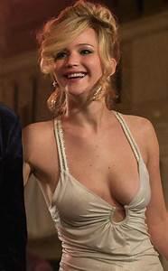 Jennifer Lawrence Knocks Mila Kunis Off Her Throne as FHM ...