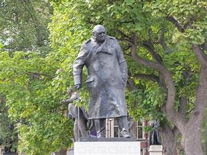 Sir Winston Churchill Statue