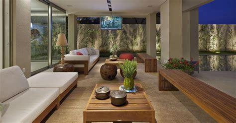 varanda sofa e mesa varanda sof 225 branco e mesa de centro de madeira de